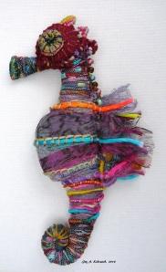 seahorse facing L ac